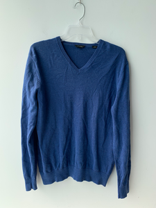 Guess Sweater Size Large