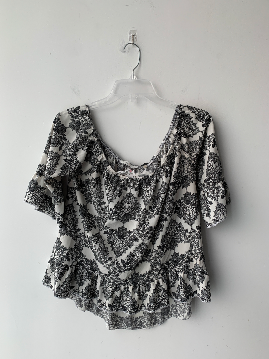 Long Sleeve Top Size Medium