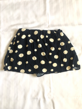 Load image into Gallery viewer, Zara Shorts Size Small B630