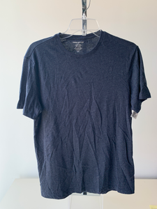 Banana Republic T-shirt Size Medium
