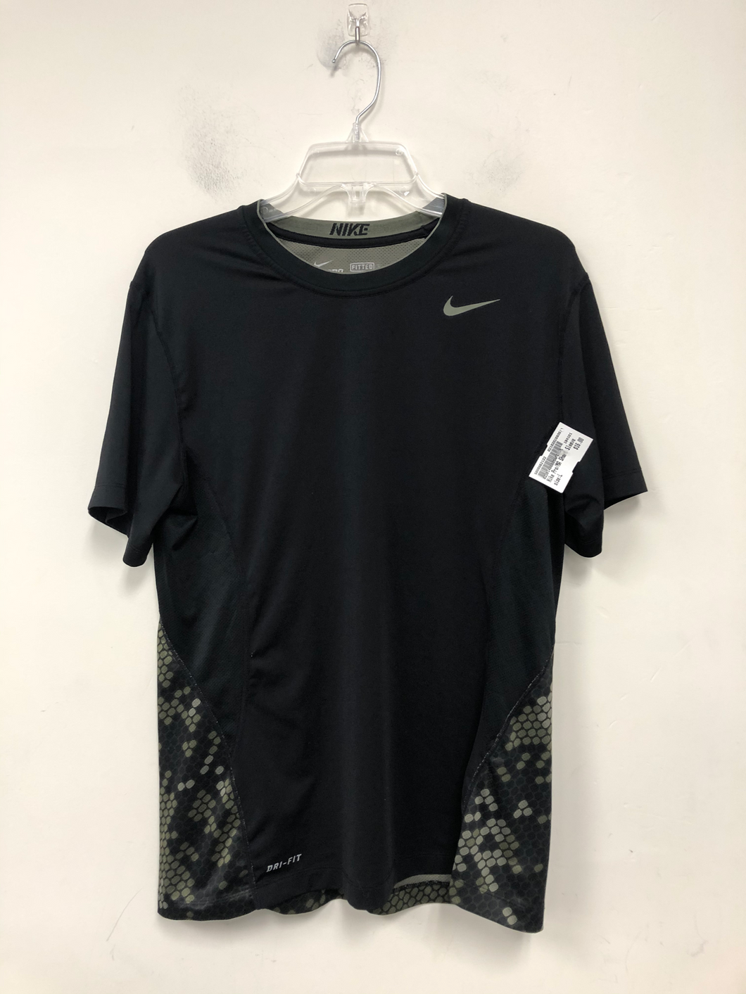 Men's Nike Pro Athletic Top Size Large