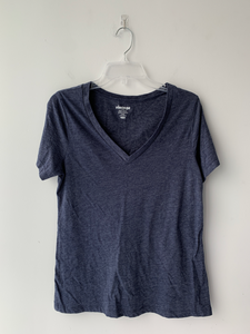 Old Navy T-Shirt Size Large
