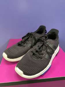 Adidas Athletic Shoes Womens 5