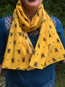bumble bee,  yellow scarf, gift idea, accessory