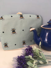Load image into Gallery viewer, Bee tea cozie, teapot cozie, gift idea, kitchen decor