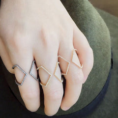 open x rings on hand