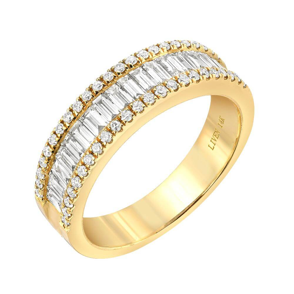 Heirloom wide baguette and round diamond band