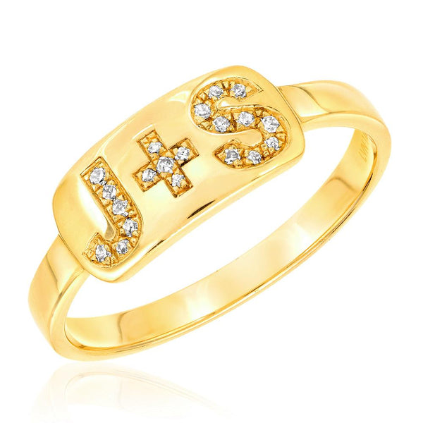 initial diamond plaque ring in yellow gold