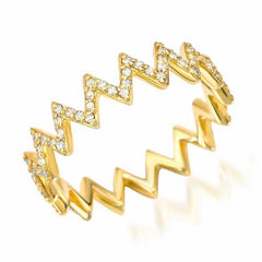 zigzag ring with diamonds in yellow gold