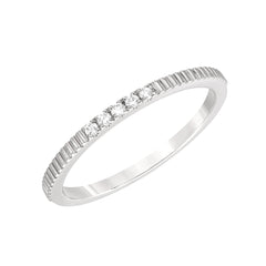 five diamond petite linear texture band
