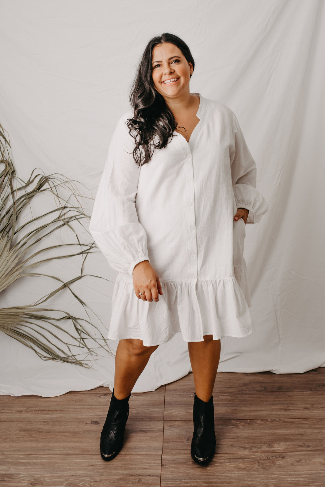 Luna white linen cotton dress