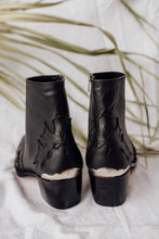 Load image into Gallery viewer, Pre-Order:  Black Leather boots