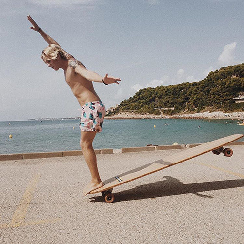 Best Longboards For Cruising and Carving - Top Recommended Longboards