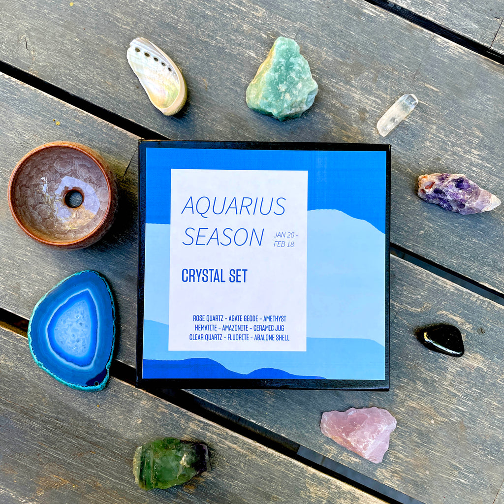 Aquarius Season Crystal Set