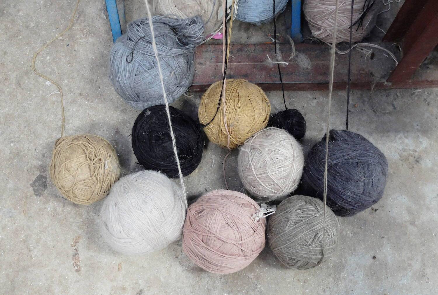 QUALITIES OF NATURAL FIBRES - Knots Rugs