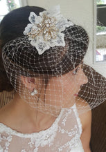 Load image into Gallery viewer, Johanna Birdcage Veil