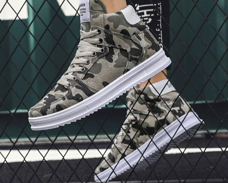Mens Camo Laced Sneakers