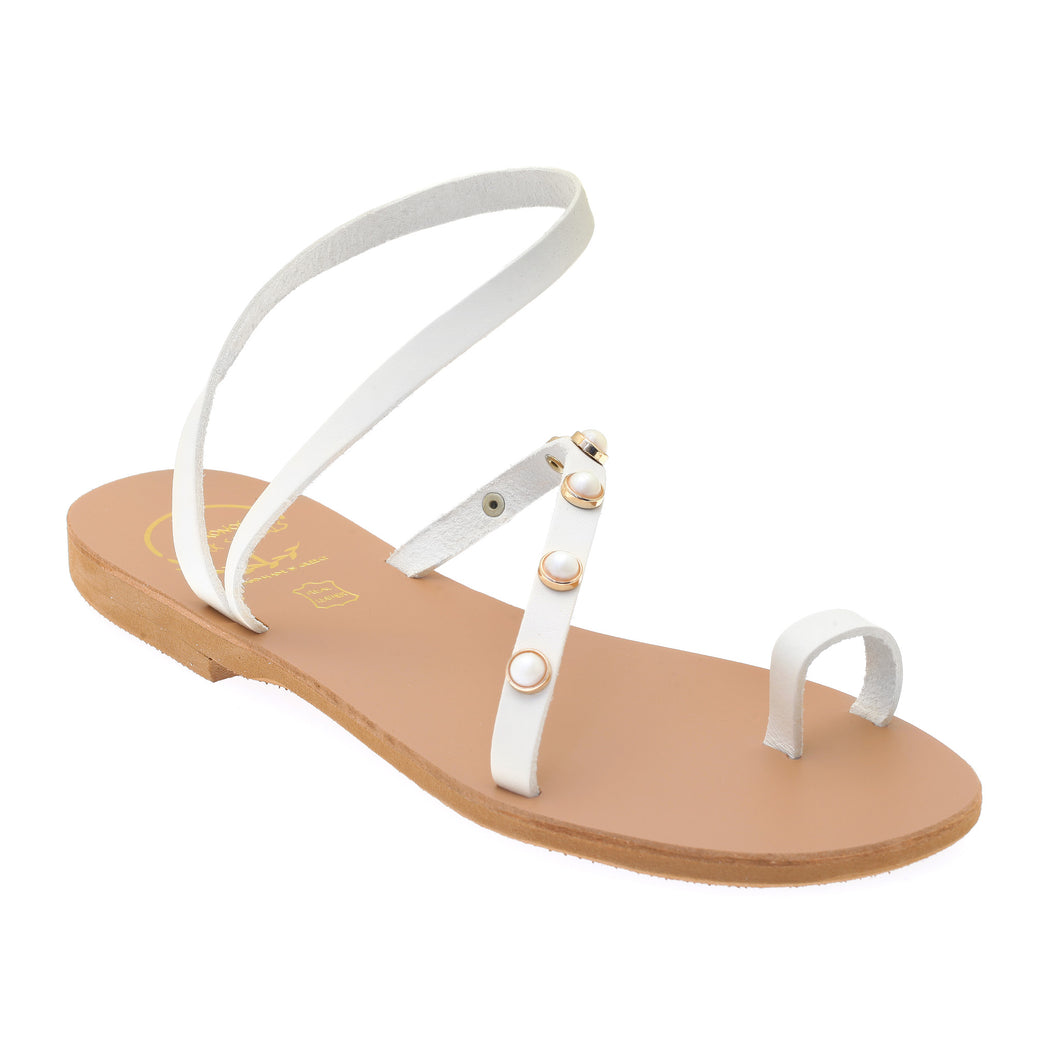 White leather sandals with pearl studs
