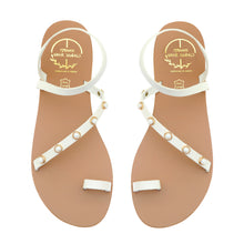 Load image into Gallery viewer, White leather sandals with pearl studs