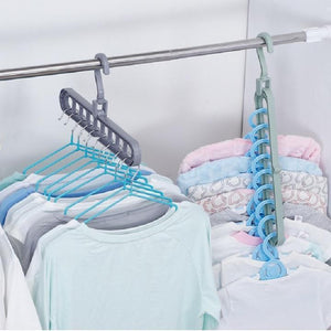 Rotate Anti-skid Folding MAGIC CLOTHES HANGER