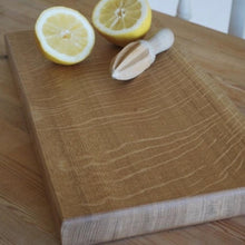 Load image into Gallery viewer, oak chopping board