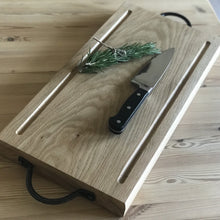Load image into Gallery viewer, Oak BBQ/Carving Board - Willow Leaf Gifts