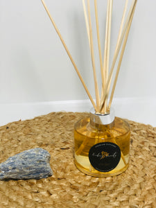 Reed Diffuser with Silver Cap - Evoking Serenity