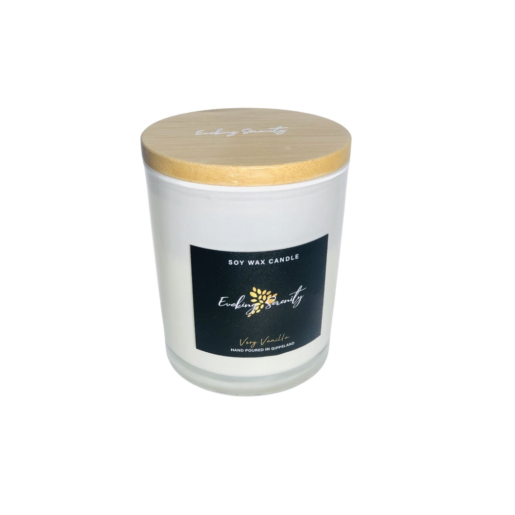 Very Vanilla Wood Wick Candle - Evoking Serenity