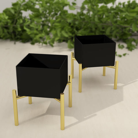 THE LAPPI COLLECTION - Black and Gold Candle Holder set - CD-TB-RD-3-O
