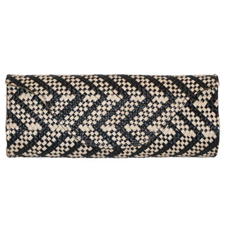 Banago Mayumi Clutch in Black & Natural Zig Zag sunday-tracker