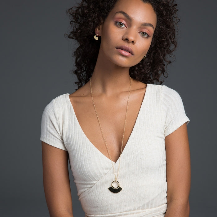 Stunning pendant necklace inspired by Masai culture and handmade in Kenya
