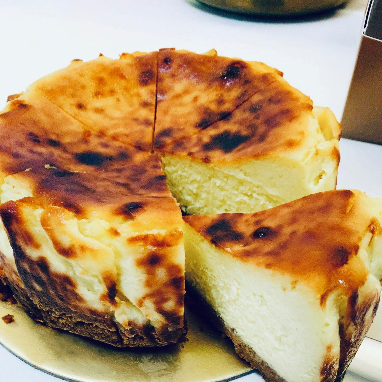 Image of Classic Burnt Cheese Cake 2