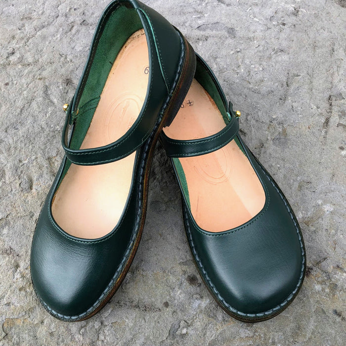 Handmade Mary Jane Style Leather Shoes - Green Size 6 1/2