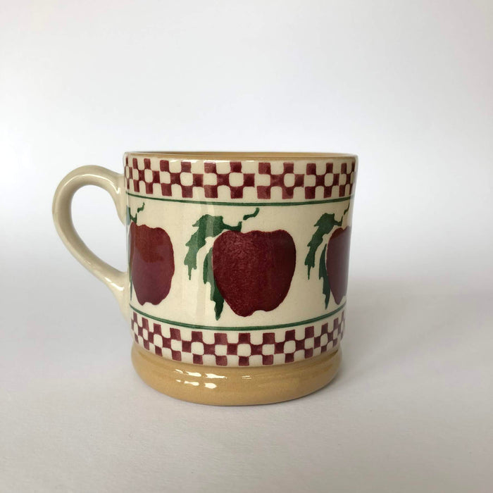 Nicholas Mosse Cup in Apple Pattern