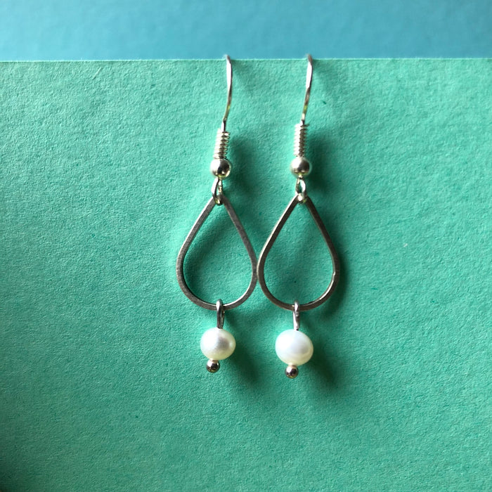 Jane's Pearl and Teardrop Earrings