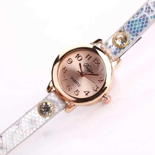DUOYA Retro Style Pendant Gold Case Leather Bracelet Watch