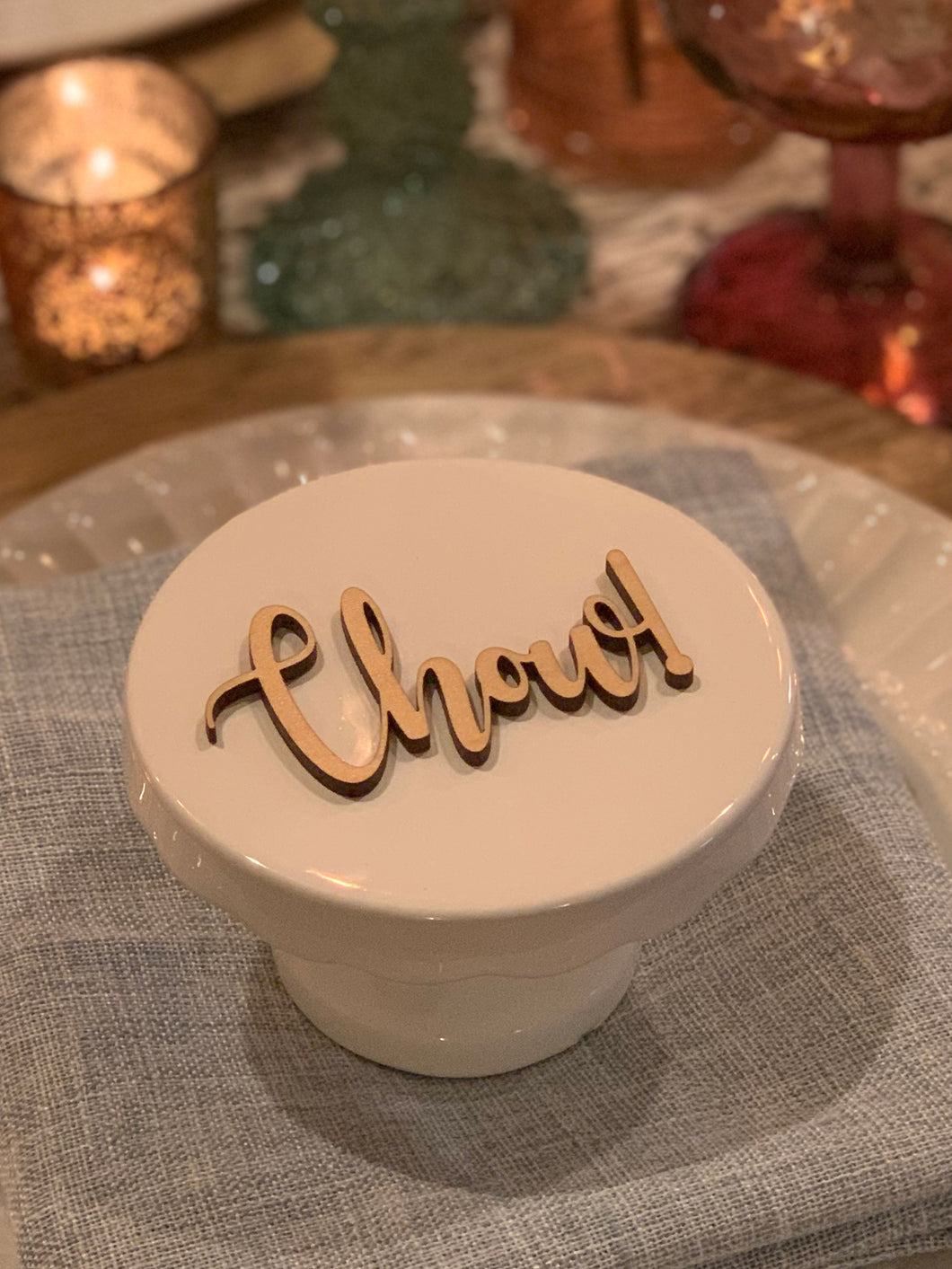 chow natural wood place card