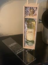 Load image into Gallery viewer, Wooden Wine Box (Personalize this!)