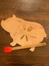 Load image into Gallery viewer, Bamboo Pig Shaped Cutting Board Gift Set (Personalize This!)