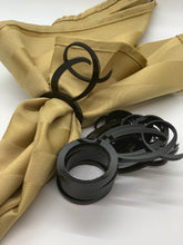 Load image into Gallery viewer, black acrylic letter O napkin rings