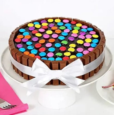Semi Kit Kat Cake - Big Meal