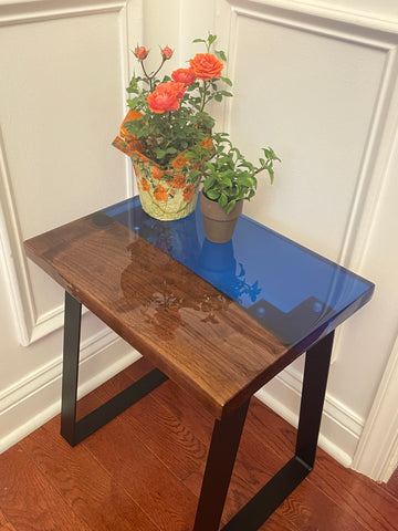 DIY home decor tabletop featuring Forest 2 Home premium hardwood species Walnut wood and epoxy resin. Do it yourself workshop project