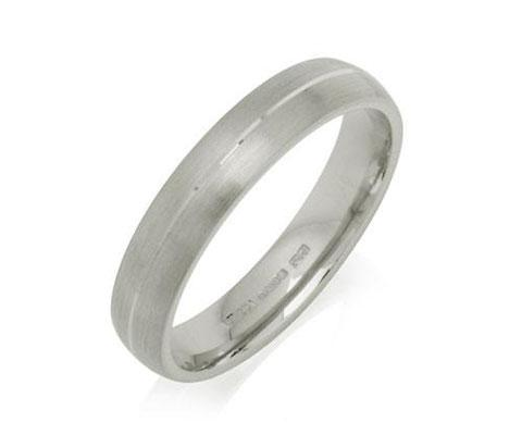 Engraved Court Wedding Ring - Yellow or White Gold (18ct) or Platinum