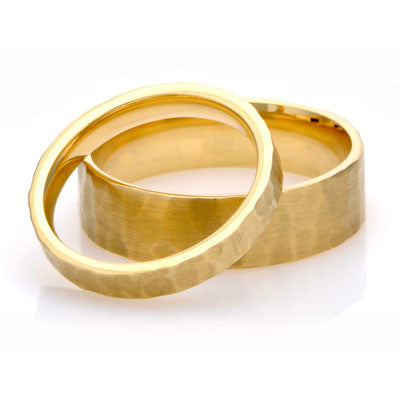 Flat Court Hammered Wedding Ring- Yellow or White Gold (18ct) or Platinum - CRED Jewellery - Fairtrade Jewellery - 1