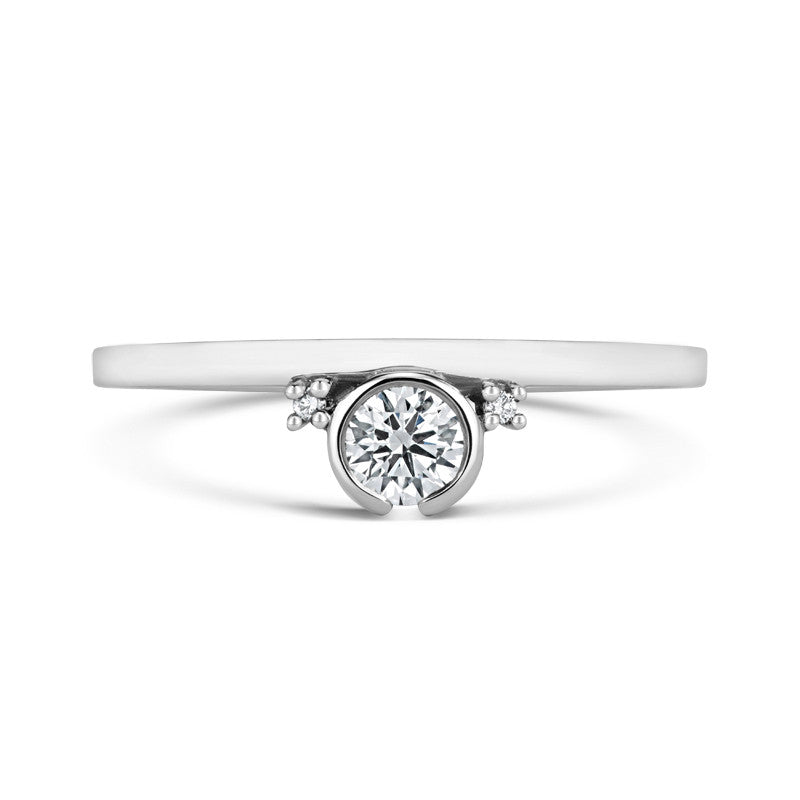 Petit Gemme Ethical Engagement Ring - CRED Jewellery - Fairtrade Jewellery - 3
