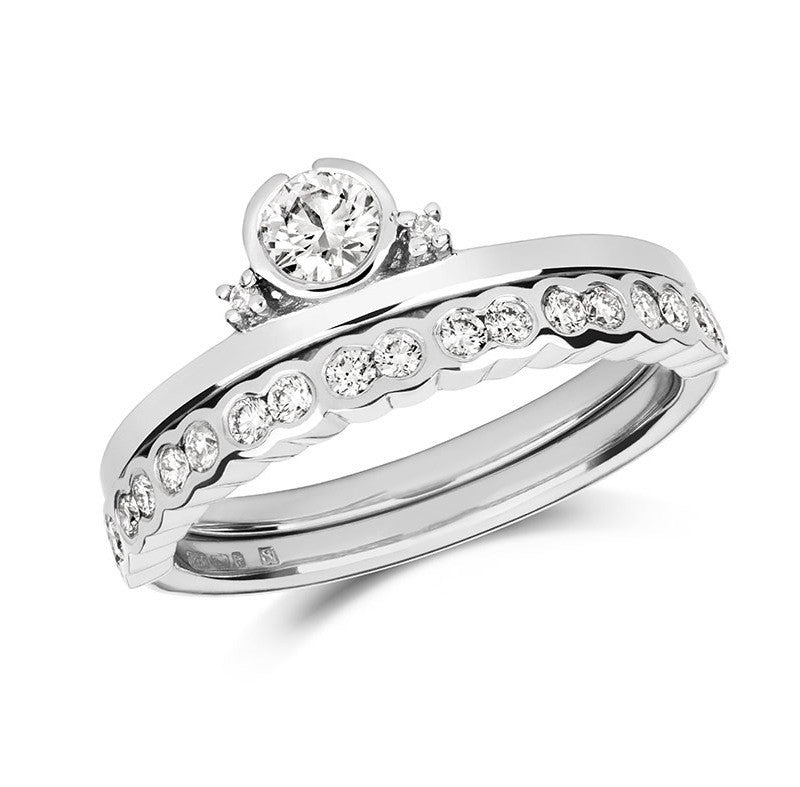 Petit Gemme Engagement Ring - CRED Jewellery - Fairtrade Jewellery - 4