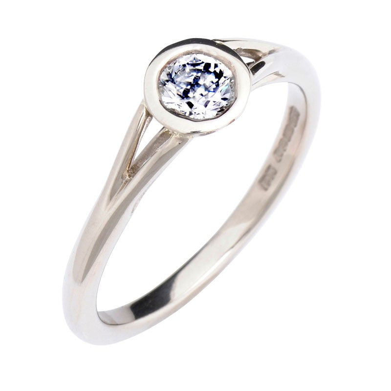 Embossed Bezel Diamond Engagement Ring - CRED Jewellery - Fairtrade Jewellery - 1