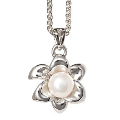 Lily Pearl Pendant