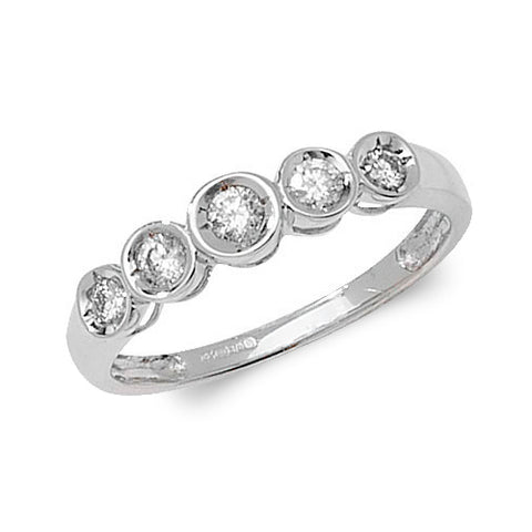 9CT White Gold ring set with 5 round Diamonds set in an Illusion setting.