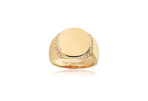 Ring made of 18 karat gold plated 925 Sterling silver,